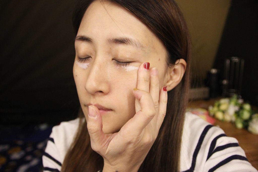 扁康率ATO乳液眼霜14.JPG
