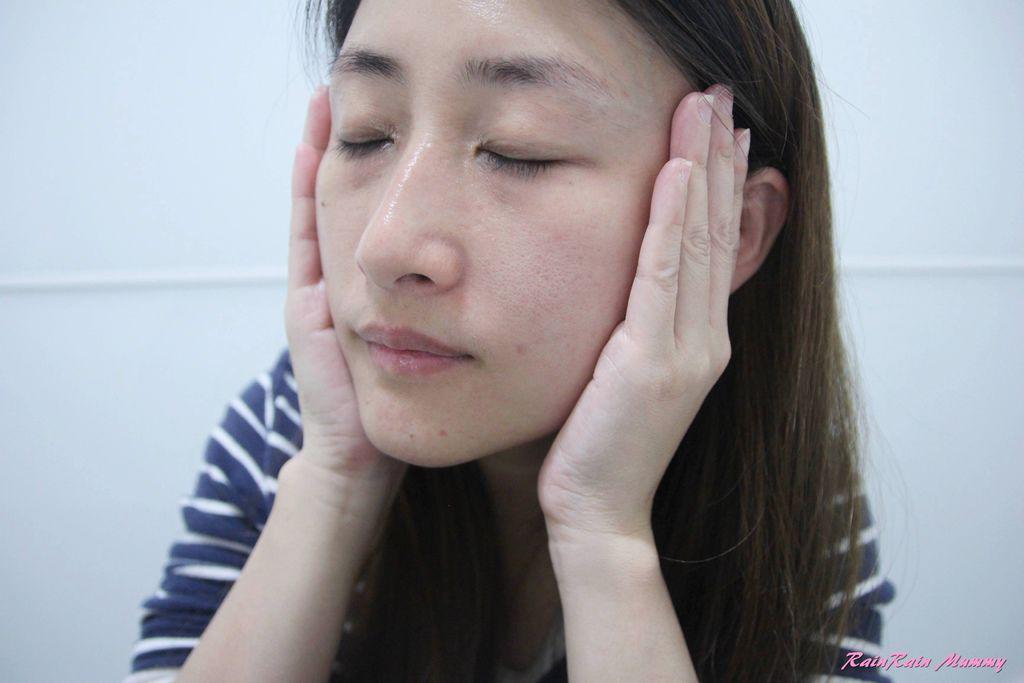 DSK 肌膚夢幻之鑰皮脂膜超導元素肌因賦活精華液15.JPG