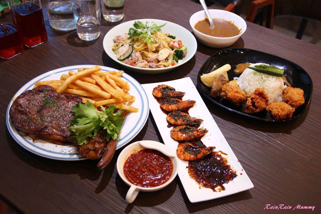 Cook Table30.JPG
