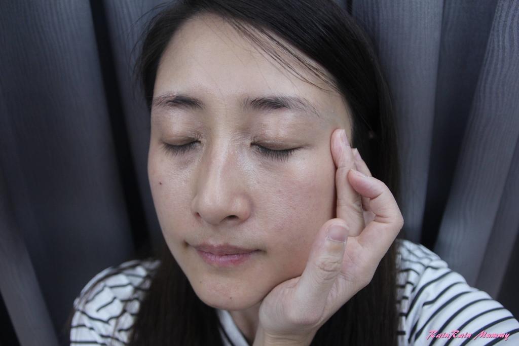 vine vera 白藜蘆醇眼霜21.JPG