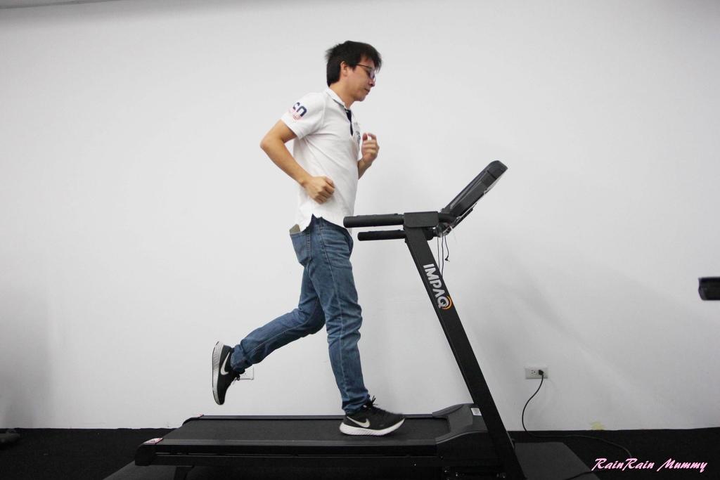 IMPAQ 英沛克專業健身器材16-2.JPG
