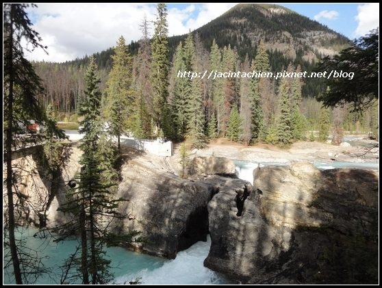 Canada_08889-f.jpg