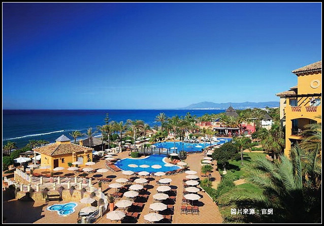 Resort_02.jpg