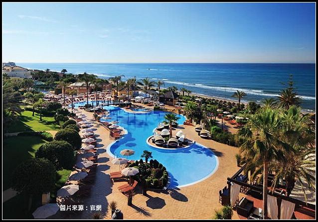 Resort_01.jpg