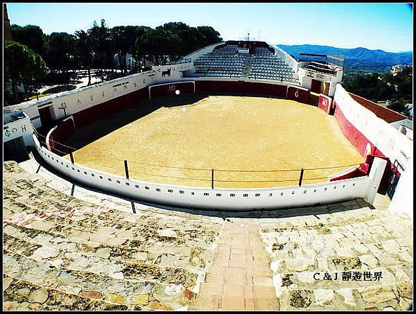 西班牙010202.jpg
