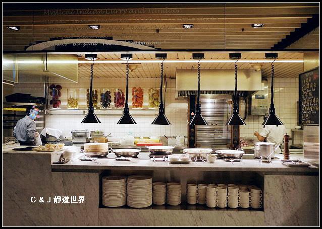 Market Cafe_050688.jpg