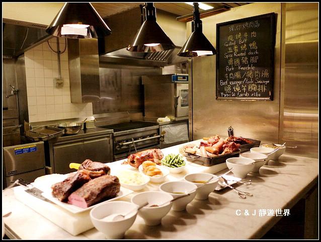 Market Cafe_050703.jpg