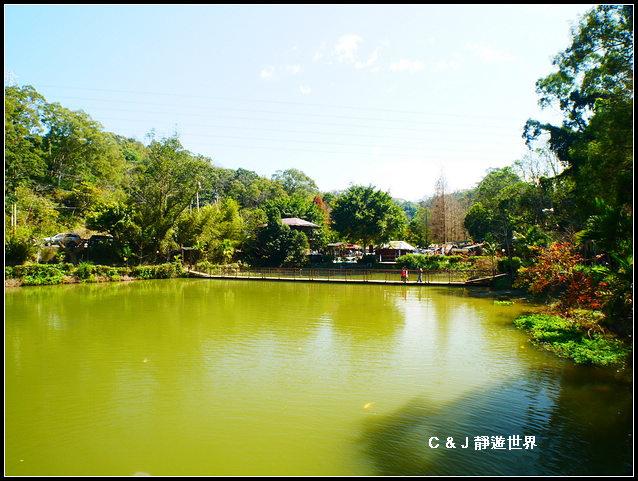 新竹二泉湖畔_020389.jpg