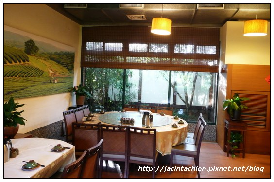 壹等賞觀景茶園-餐廳大桌