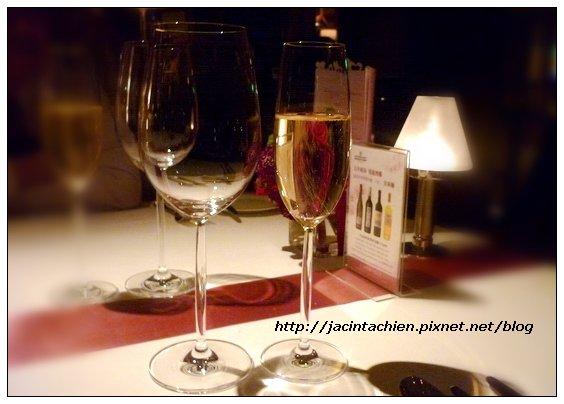 喜來登飯店-安東廳-情人套餐01-f.jpg