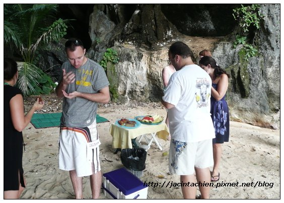 2010 Phuket -P1130882-f.jpg