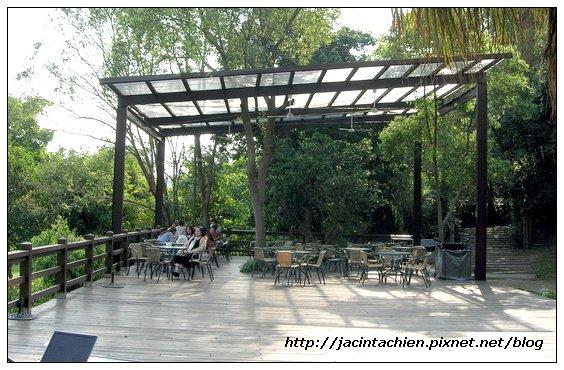 新竹沙湖壢藝術村-戶外咖啡座