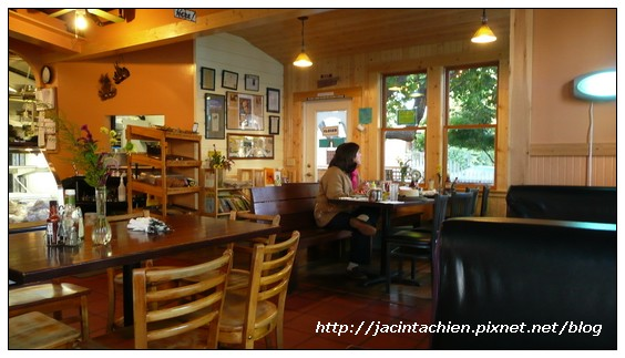 Nevada City 內華達市-咖啡店內部