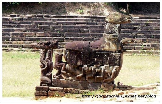 吳哥窟-龍盤寺(Neak Pean)飛馬救人石雕