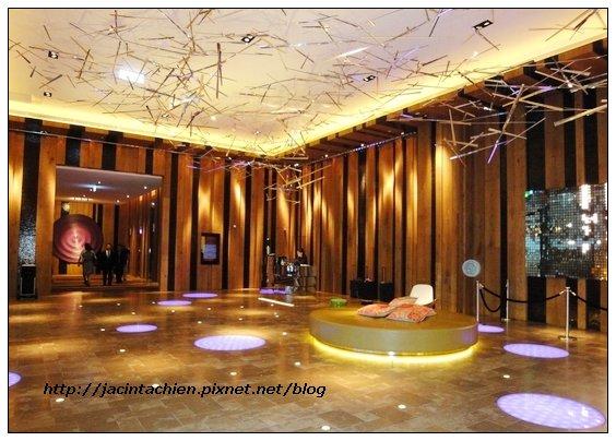 W Hotel -02-f.jpg