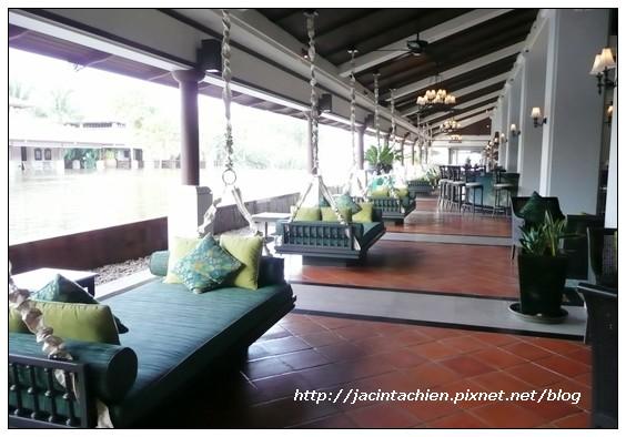 2010 Phuket -P1120718-f.jpg