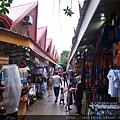 萊行樂_長灘島_傳統魚市場旁邊小巷  Boracay