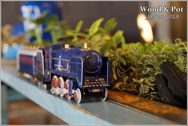 20130124 WoodPot-11