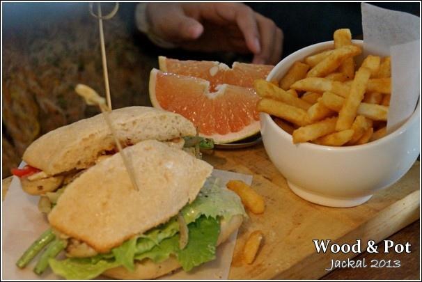 20130124 WoodPot-15