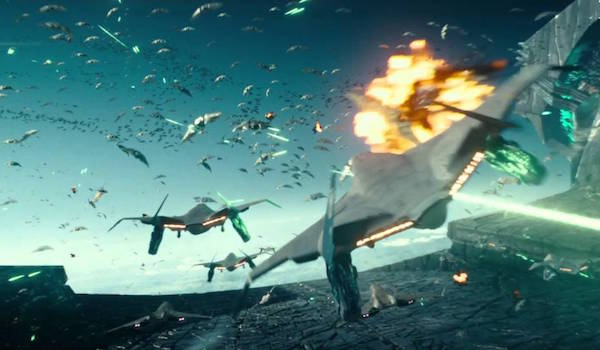 earth-alien-dogfight-independence-day-resurgence-01-600x350.jpg