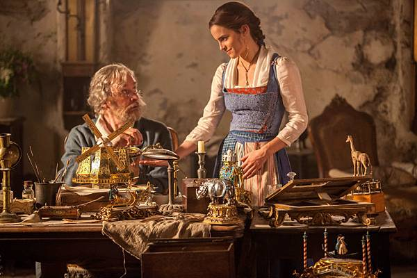 gallery-1478513336-belle-and-her-father-beauty-and-the-beast.jpg