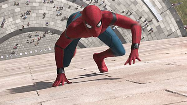 svelati-i-segredi-del-costume-di-spider-man-homecoming.jpg