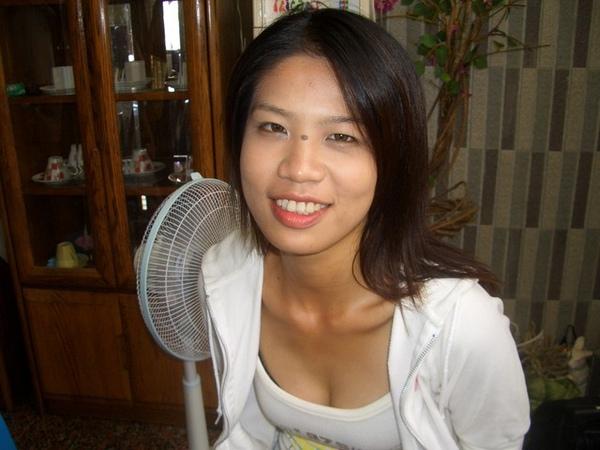 http://f6.wretch.yimg.com/jackaly2/1/1416839121.jpg