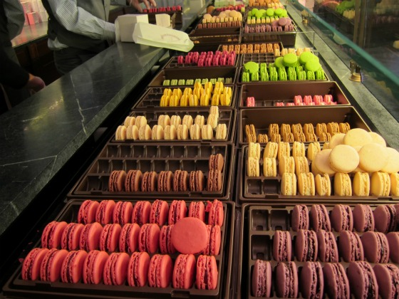 maison-laduree-macarons-upper-east-side-all-flavors