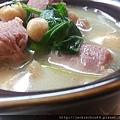 奶油豆子菠菜燉醃肉