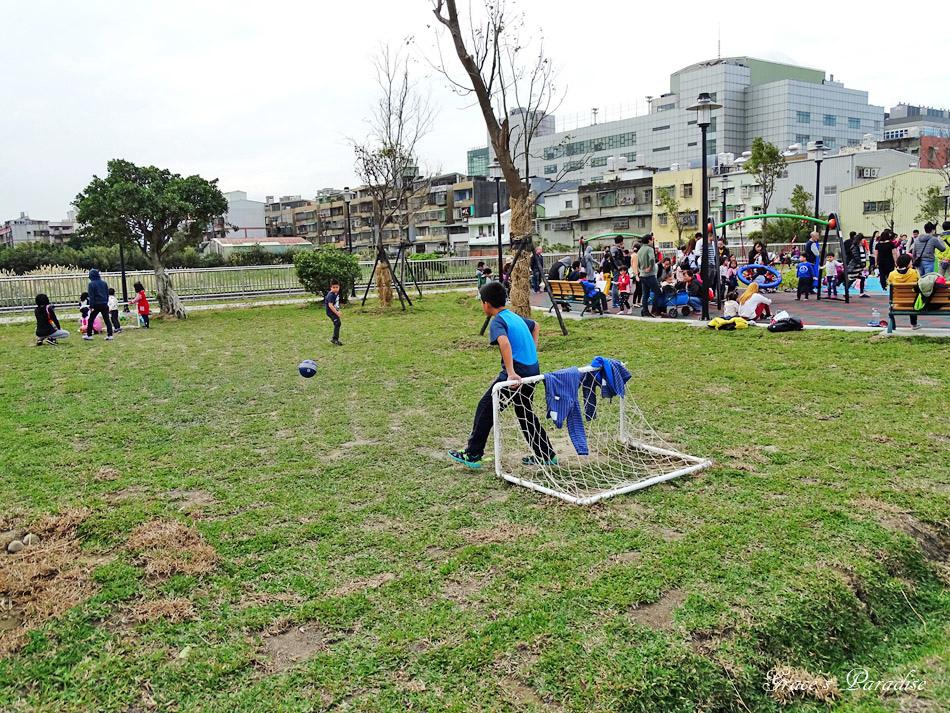 鳳福公園 (2).jpg