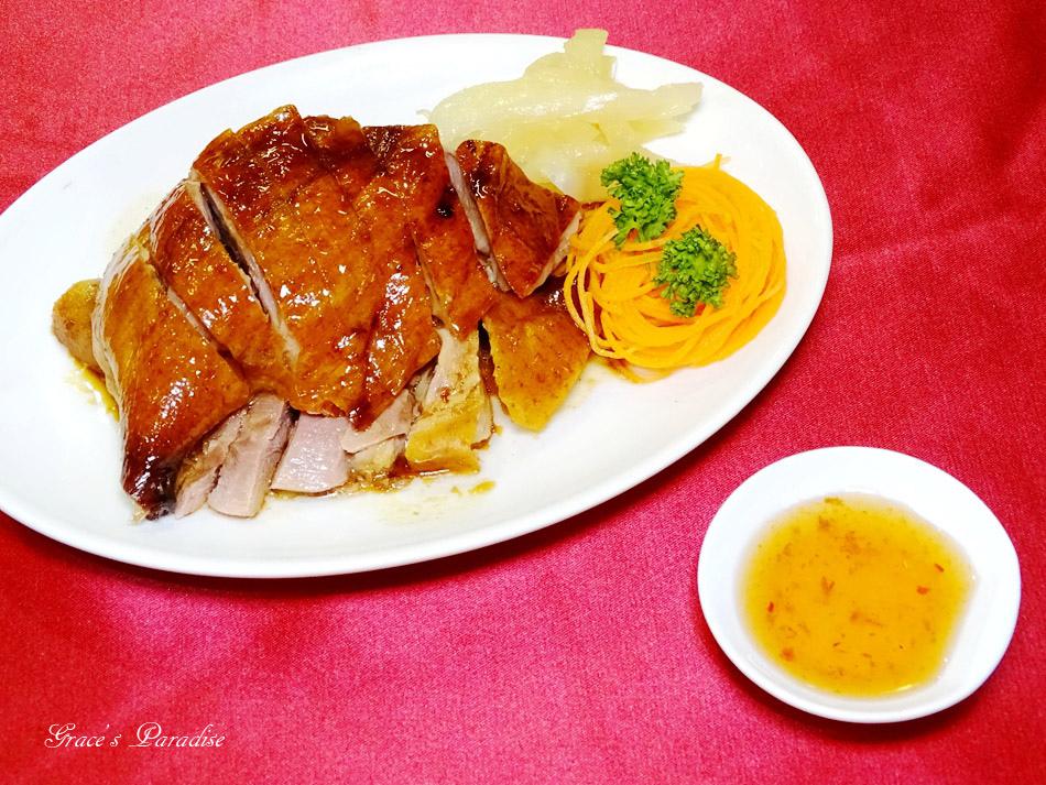 松山宴客餐廳-粵春樓港式海鮮餐廳 (1).jpg