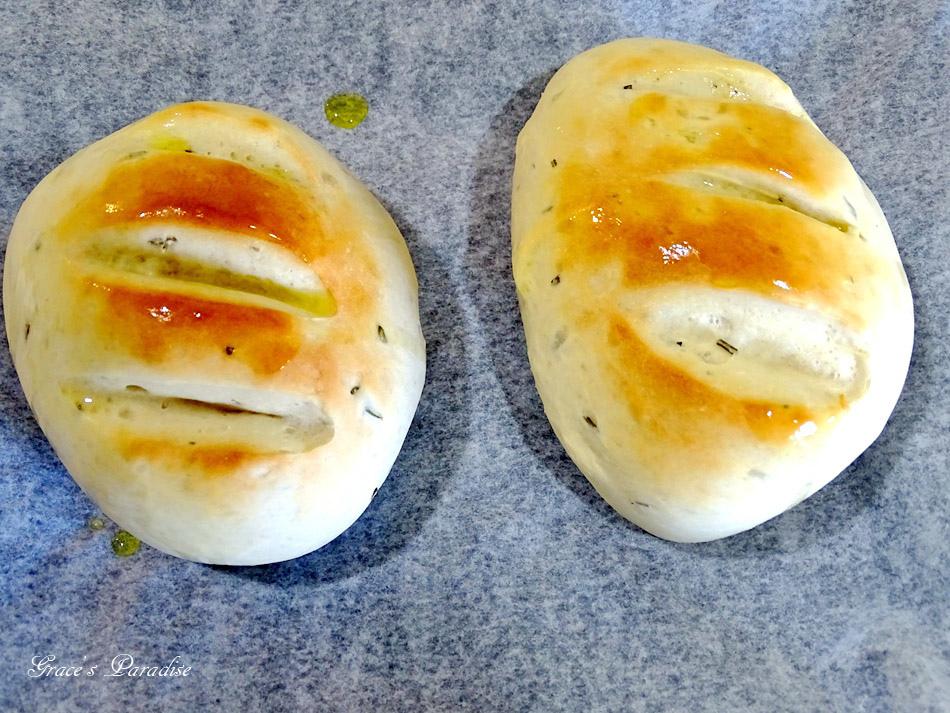囍瑞冷壓初榨特級 橄欖油-橄欖油麵包食譜 (3).jpg