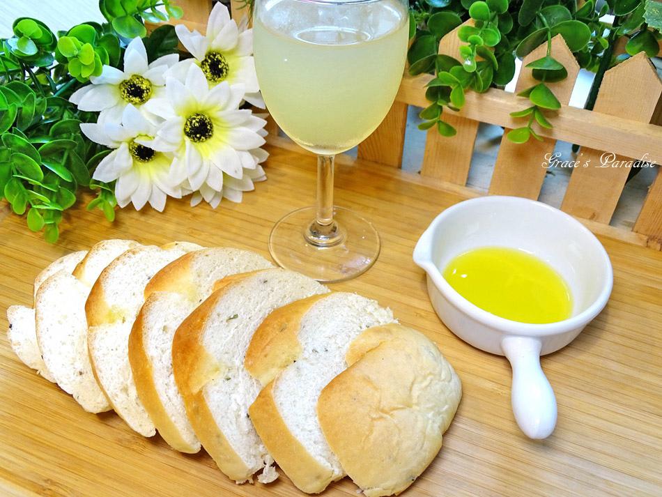橄欖油麵包食譜 (4).jpg