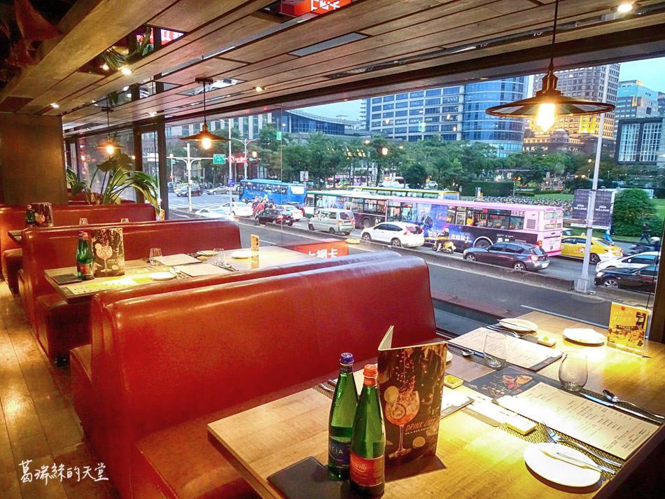 艾朋牛排餐酒館-微風南山附近美食 (30).jpg