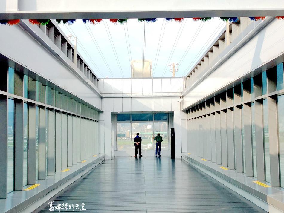 松山機場觀景台 (2).jpg