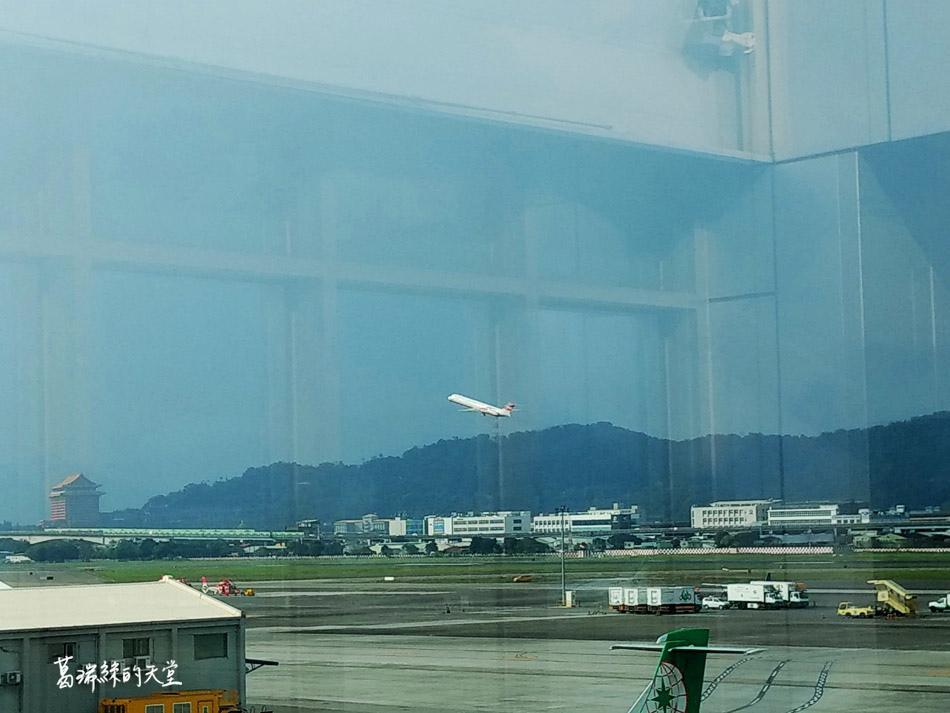 松山機場觀景台 (24).jpg