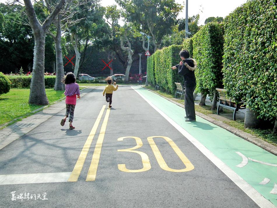 台北景點-青年公園-交通公園教學區 (21).jpg