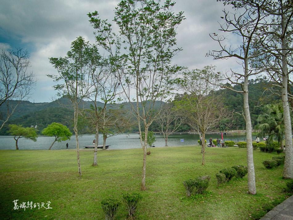 礁溪一日遊景點-龍潭湖 (2).JPG