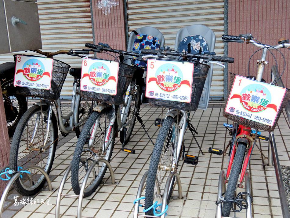 歡樂堡民宿提供自行車和親子腳踏車.jpg