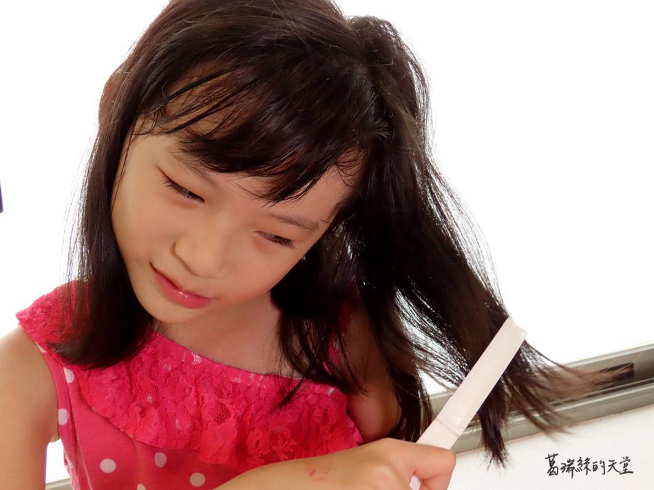 吹風機推薦-日本熱銷 VENSART V0 專利螺旋風護髮吹風機組 (42).jpg
