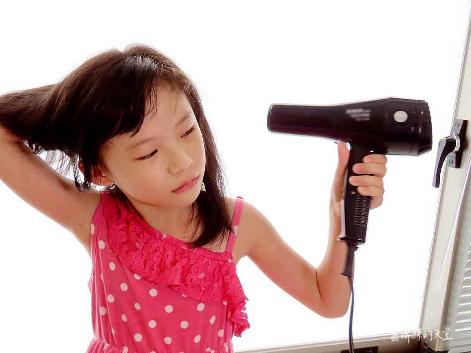 吹風機推薦-日本熱銷 VENSART V0 專利螺旋風護髮吹風機組 (45).jpg