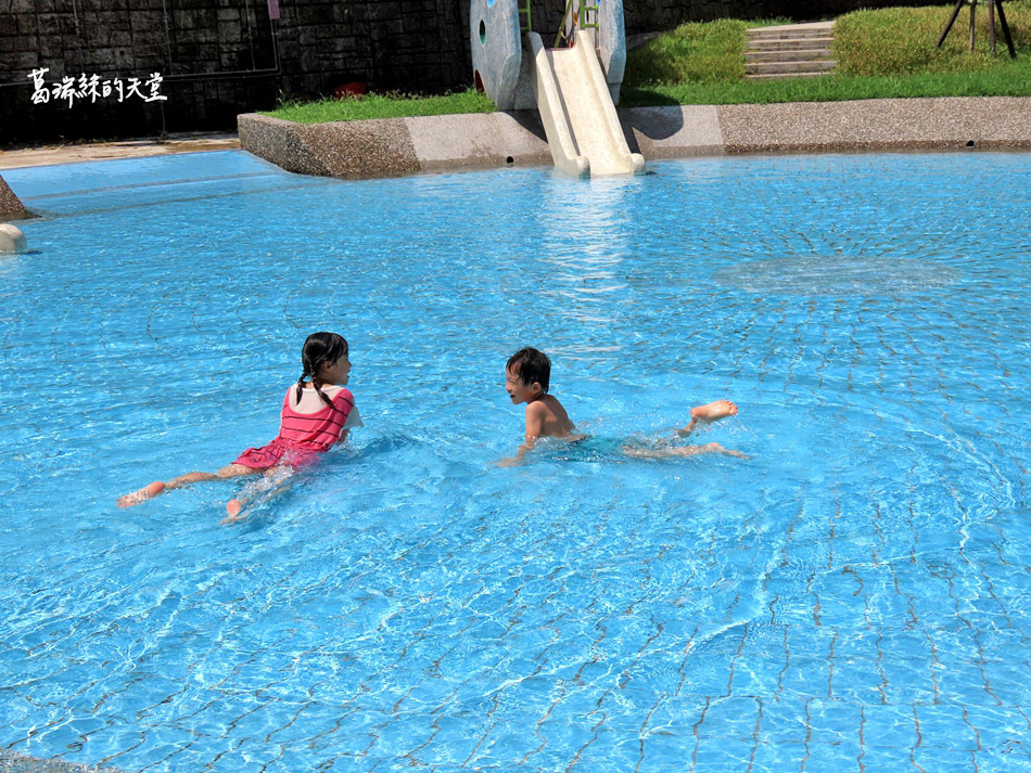 北部免費玩水景點-暖暖親水公園 (24).jpg