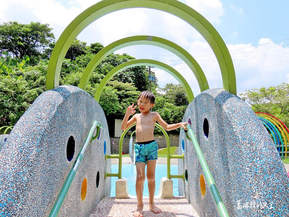 北部免費玩水景點-暖暖親水公園 (35).jpg