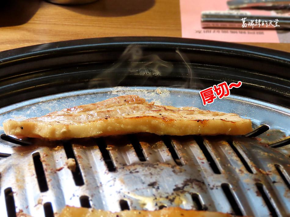 西門町美食-阿豬媽韓式烤肉X火鍋吃到飽 (35).jpg