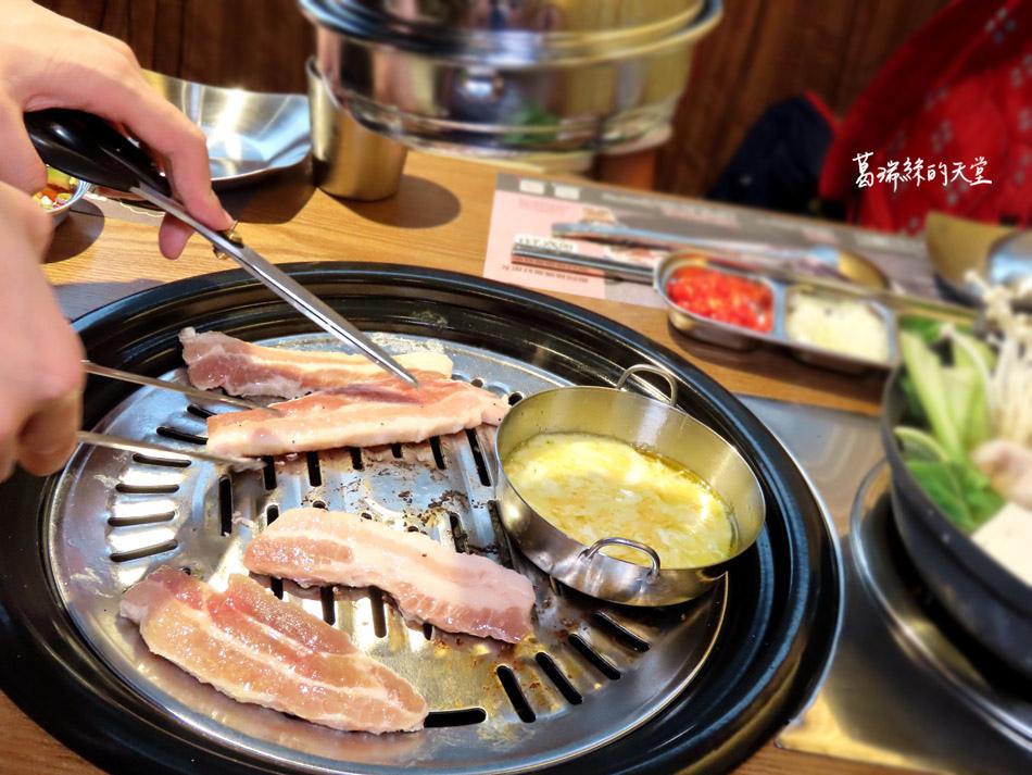 西門町美食-阿豬媽韓式烤肉X火鍋吃到飽 (34).jpg