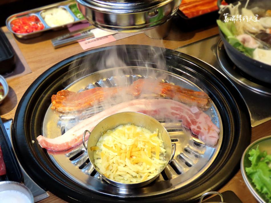 西門町美食-阿豬媽韓式烤肉X火鍋吃到飽 (41).jpg