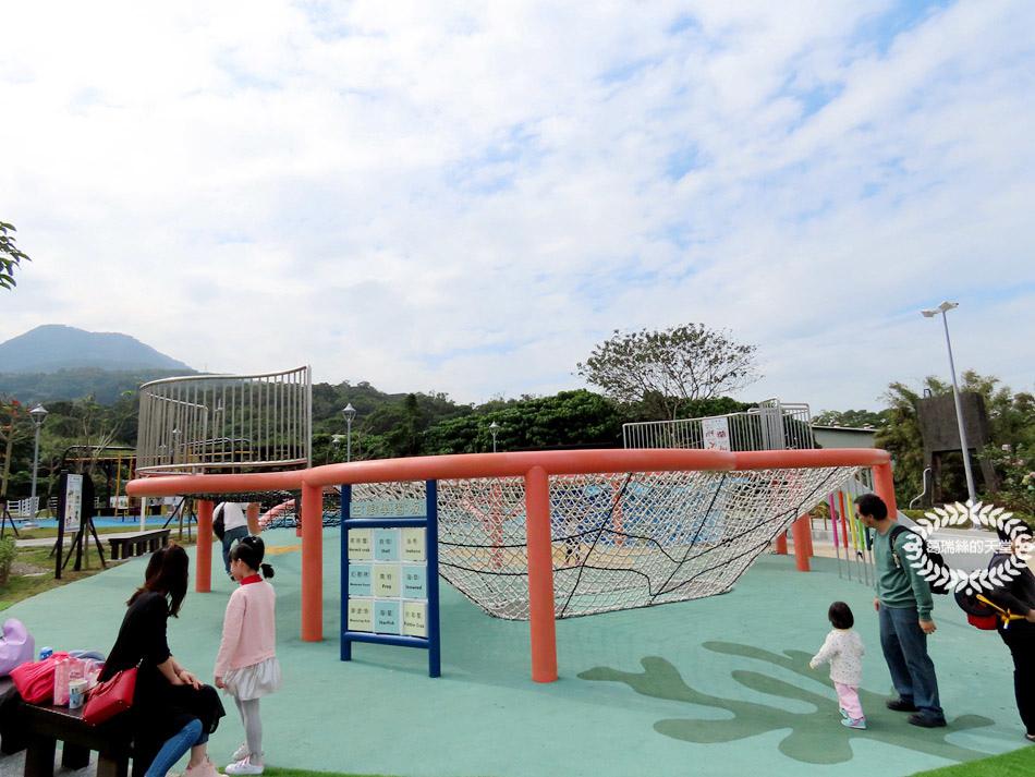 八里景點-八里渡船頭公園 (10).jpg
