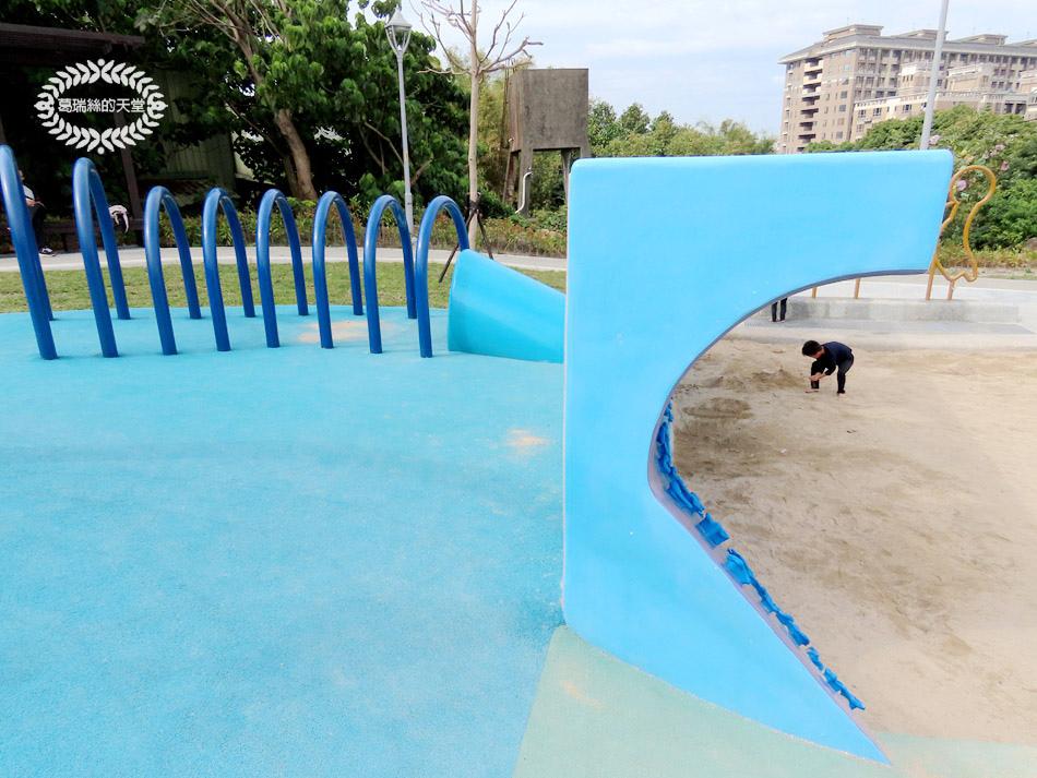 八里景點-八里渡船頭公園 (16).jpg