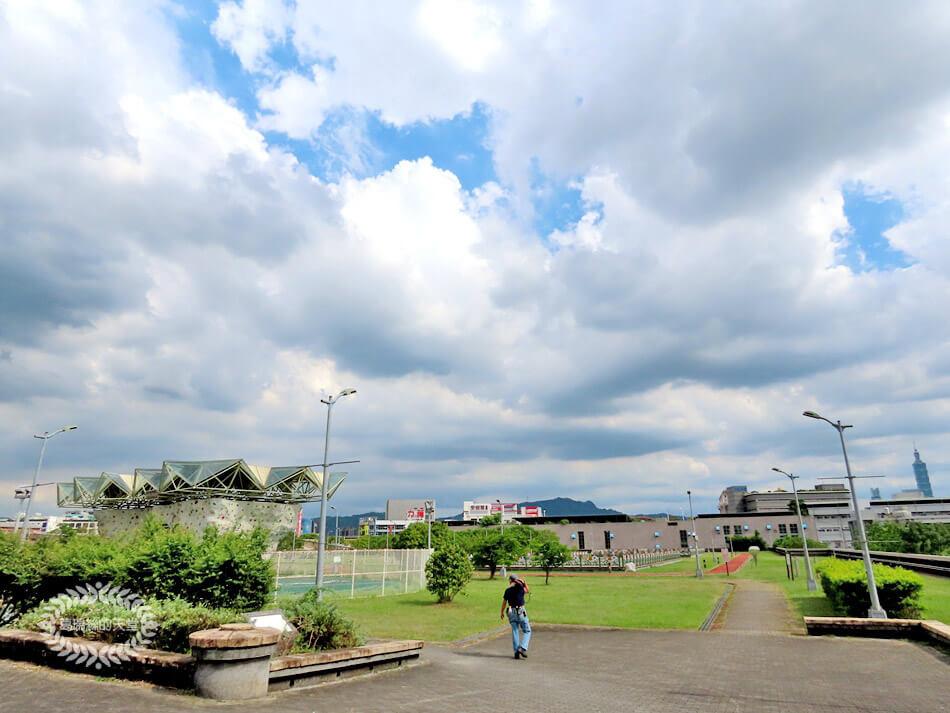 台北玩水景點-內湖運動公園 (19).jpg