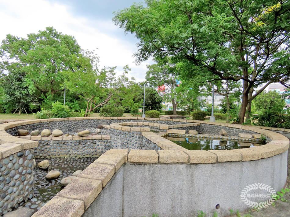 台北玩水景點-內湖運動公園 (31).jpg